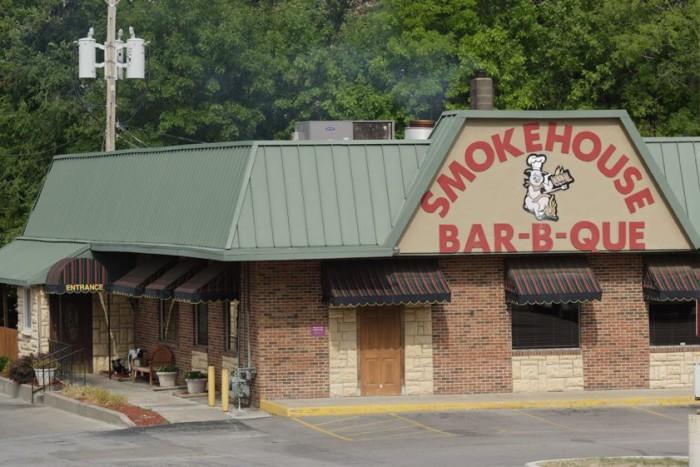 14. Smokehouse Bar-B-Que, Gladstone
